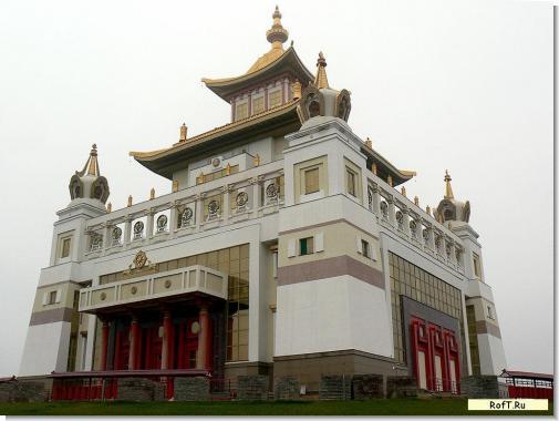 hram-buddy-snaruji.jpg