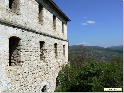monastery9dom.jpg